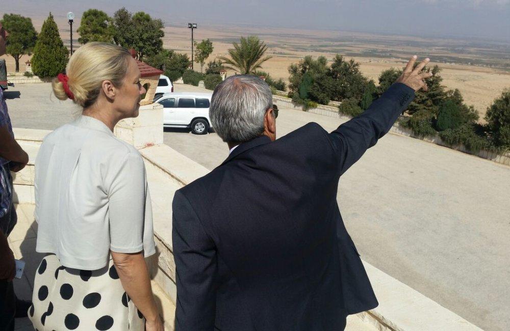 SCL Sigrid Kaag Visits El Qaa