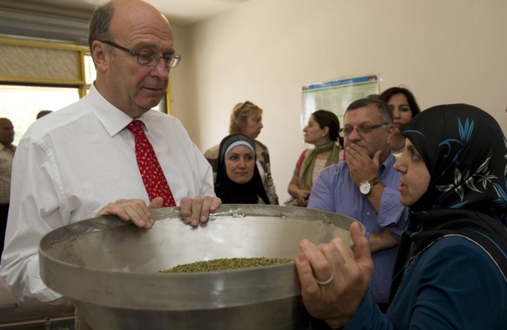 SCL Plumbly visits UNDP-supported women's cooperative in Bint Jbeil, south Lebanon (28 06 12)- Photo Pasqual Gorriz