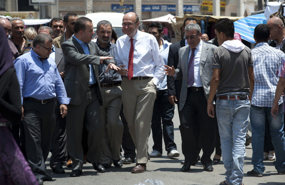 SCL Plumbly with south Lebanon parliamentarians in Bint Jbeil market (28 06 12)- Photo Pasqual Gorriz
