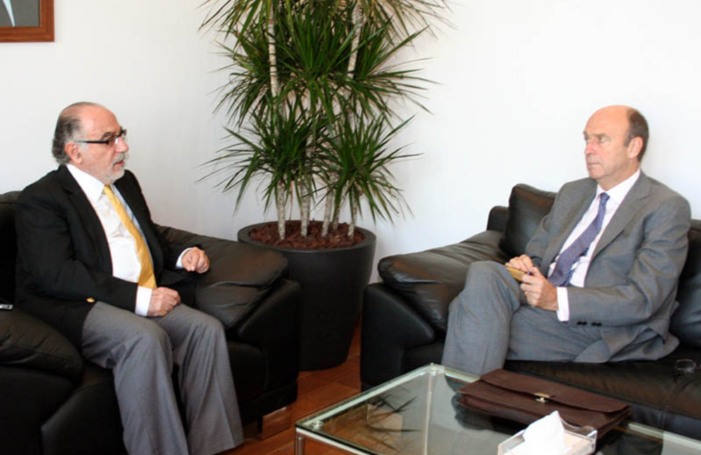 SCL Plumbly Meets former Minister Mohammad Chatah (23 10 12) -Photo dalatinohra
