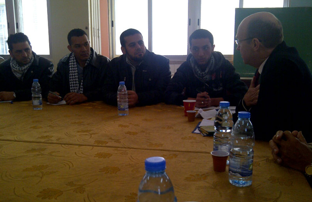 SCL Derek Plumbly meets Palestinian youth in Ain El-Hilweh (31 01 13)