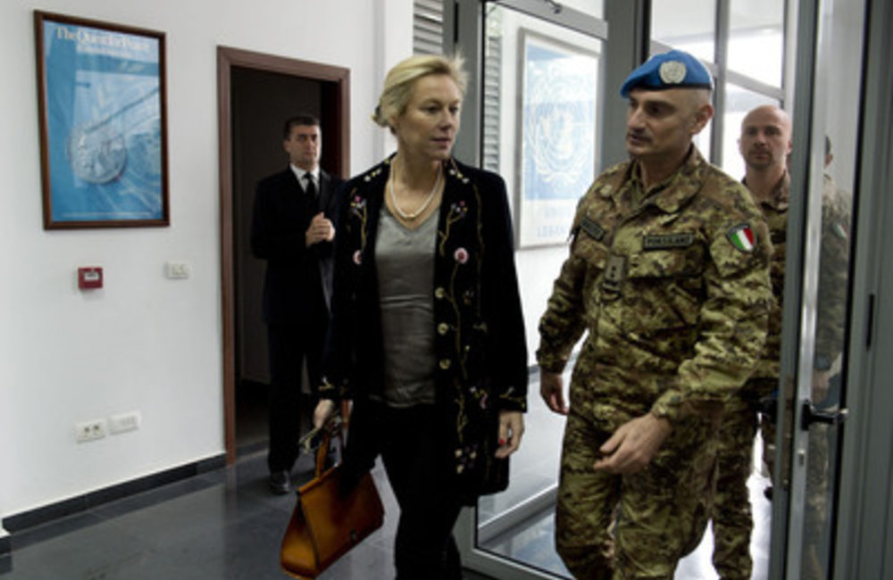 SCL Sigrid Kaag with UNIFIL Force Commander Luciano Portolano at UNIFIL (17 02 15)-UNIFIL photo