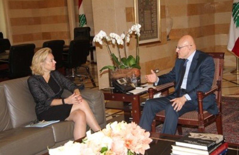 U.N. Special Coordinator Sigrid Kaag with  PM Tammam Salam (11 03 15)