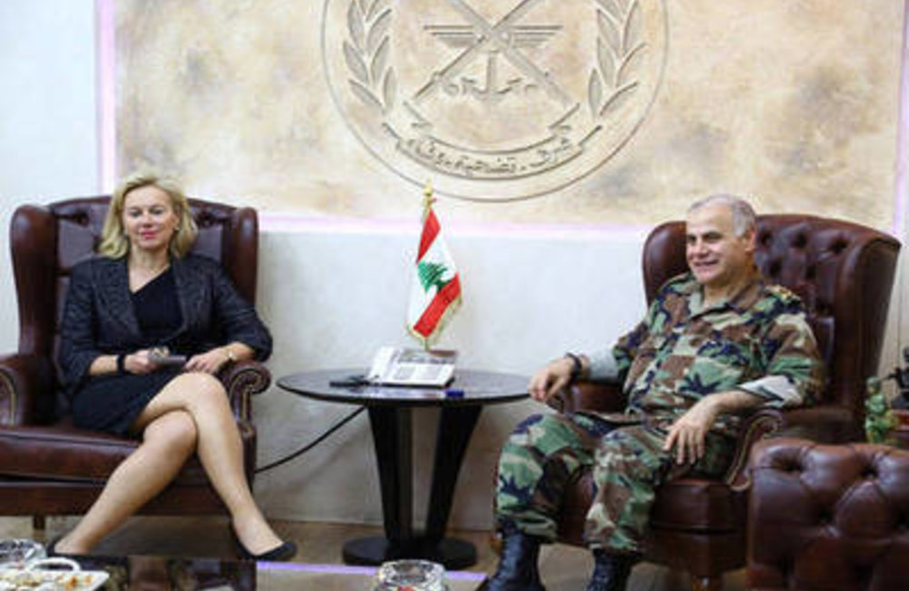 U.N. Special Coordinator Sigrid Kaag with Lebanese Army Chief, General Jean Kahwaji (11 03 15)