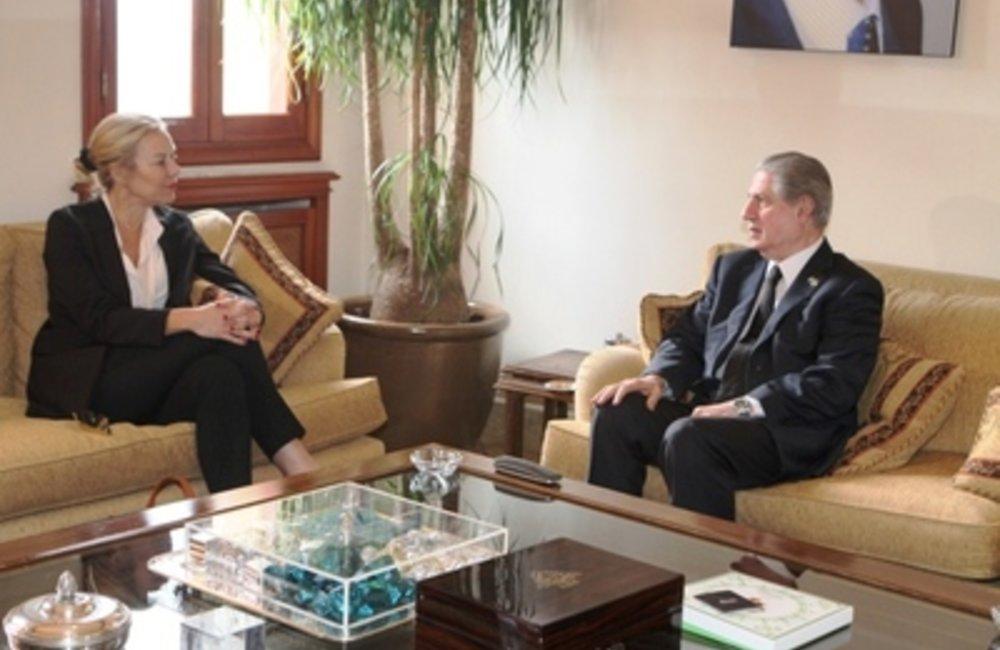 Former Lebanese President Amin Gemayel meets UN Special Coordinator for Lebanon Sigrid Kaag (24 04 15)