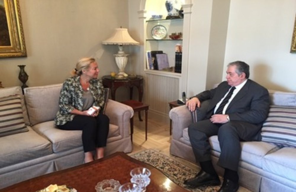 UN Special Coordinator for Lebanon Sigrid Kaag with future movement MP Samir Jisr (12 05 2015)