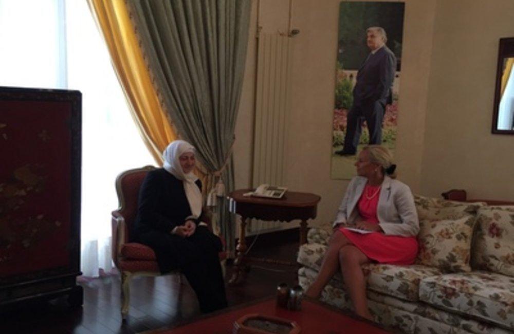 SCL Sigrid Kaag meets MP Bahia Hariri (24 06 2015)