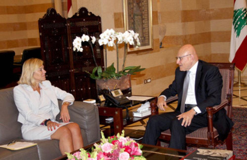 SCL Sigrid Kaag meets Prime Minister Tammam Salam (13 07 2015) - dalatinohra.net