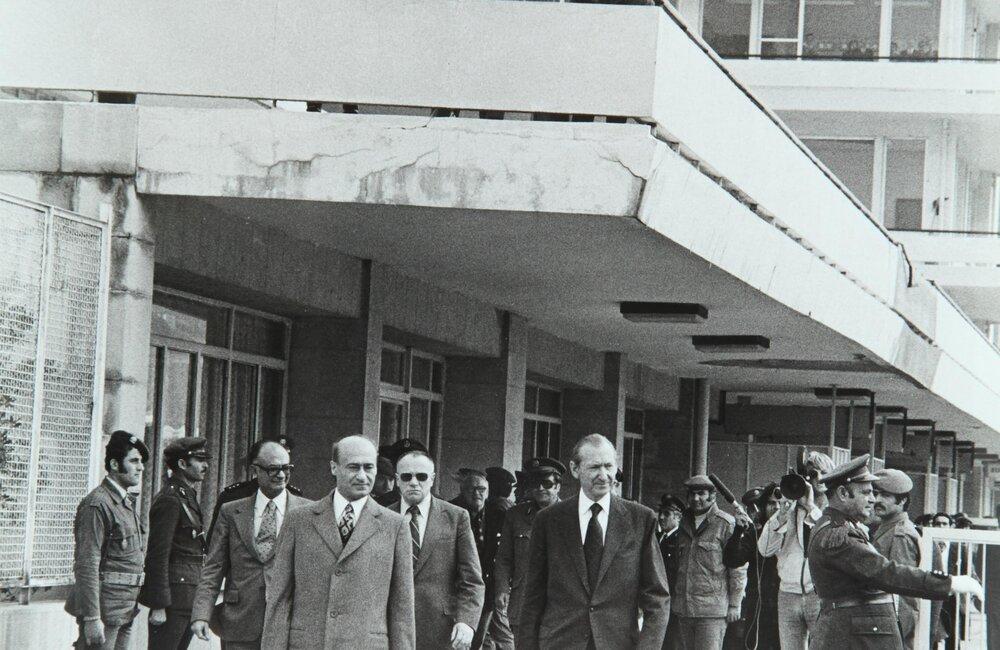Secretary-General Kurt Waldeim visits Lebanon as part of regional tour (1973)