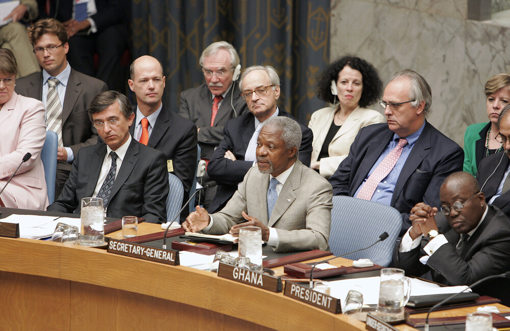 UN Secretary-General Kofi Annan addresses the Security Council shortly before the adoption of Resolution 1701 (11 August 2006)